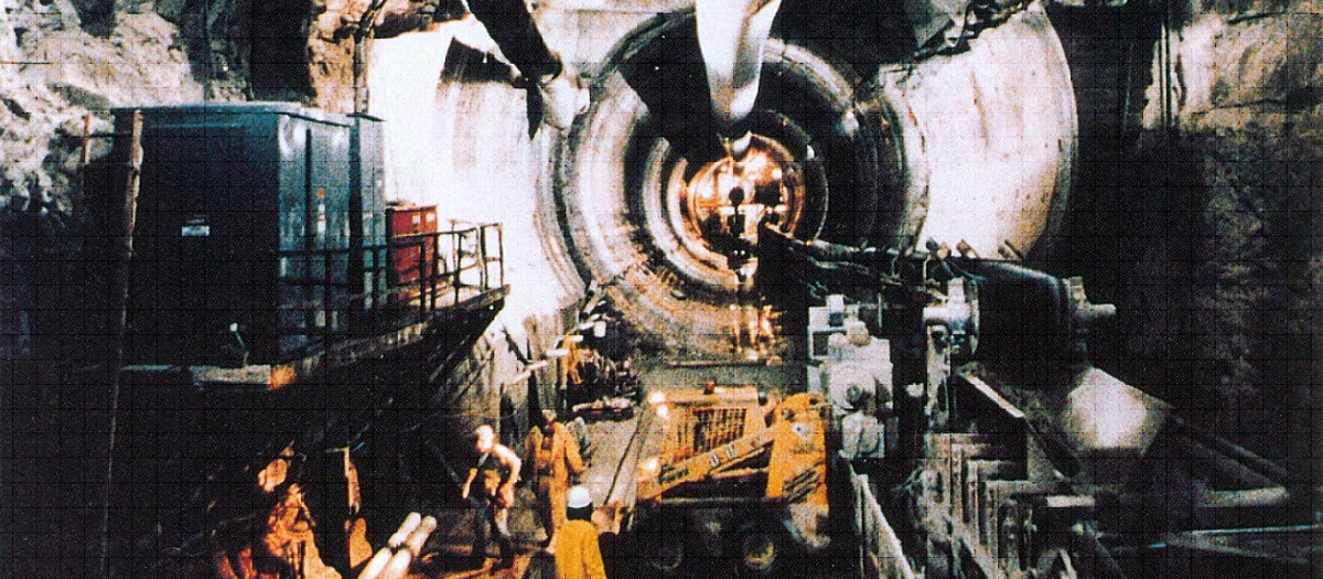 Chicago River Tunnel in Chicago, IL