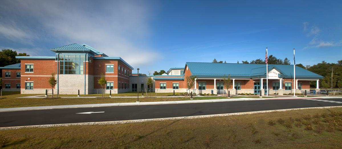 Great Neck Elementary School in Waterford, CT