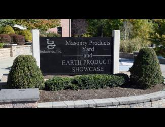 O&G Earth Products Showcase Danbury Sign